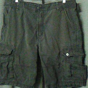 Men's Levi Cargo Shorts (Size:40)